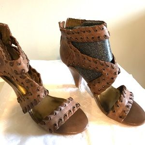 Beautiful leather Fergie shoes